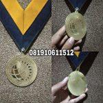 medali kuningan bintik