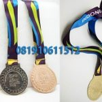 pembuat medali di bandung