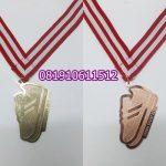 medali gold perunggu
