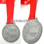 medali timah perak