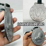 Pengrajin Medali Timah