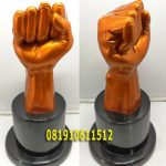 Piala Patung Resin