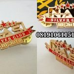pin logam custom