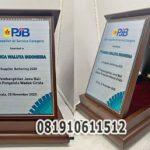 plakat kayu awards pjb